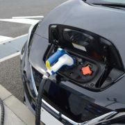 【訃報】EV車、終了のお知らせ…致命的な欠点が見つかる・・・